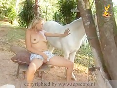 dog licking girl pussy amateur