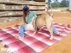 Dame bien perrito